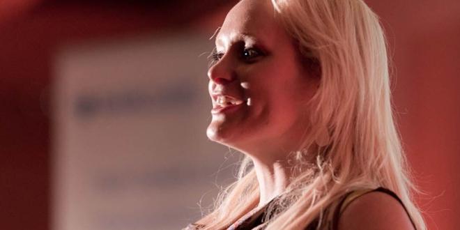 Interview: Jennifer Ar...